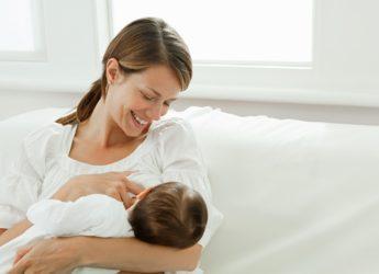 Beneficiile alăptarii la sân pentru bebeluș și mamă