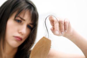 Cum scapi de caderea părului?